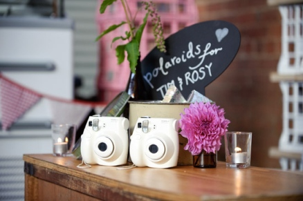 simple-polaroid-photo-guestbook-display